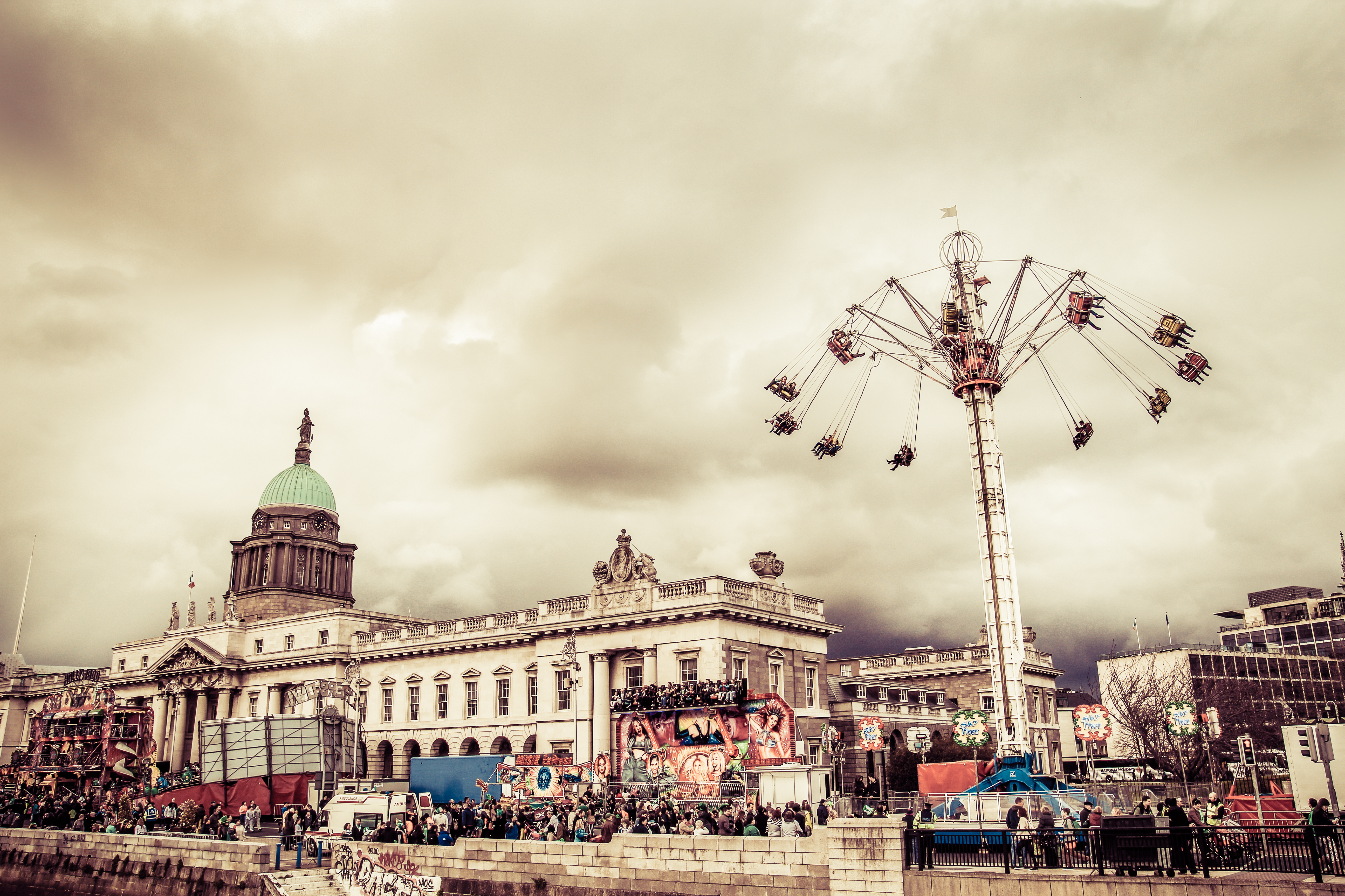 Freizeit, Kirmes in Dublin