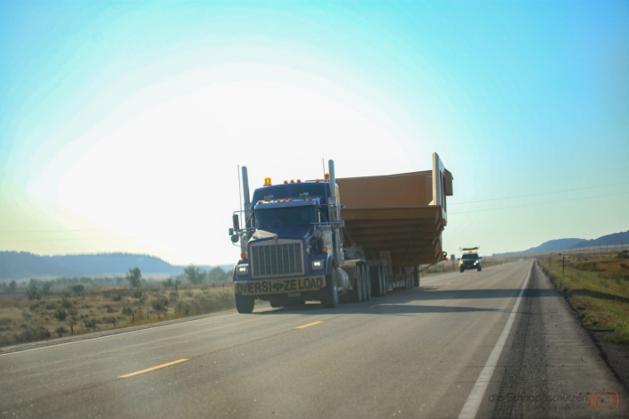oversize load truck Wyoming